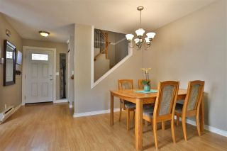 Photo 6: 6143 E GREENSIDE Drive in Surrey: Cloverdale BC Townhouse for sale (Cloverdale)  : MLS®# R2419802