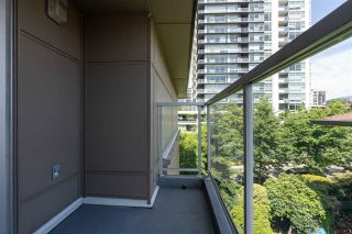 """Photo 31: PH10 1288 CHESTERFIELD Avenue in North Vancouver: Central Lonsdale Condo for sale in """"Alina"""" : MLS®# R2479203"""