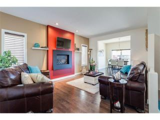 Photo 4: 21 Evansview Manor NW in Calgary: Evanston House for sale : MLS®# C4070895