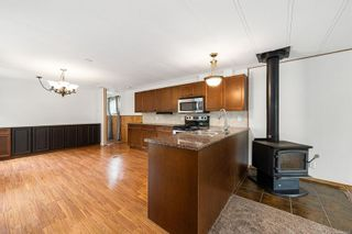 Photo 6: 2095 Pemberton Pl in : CV Comox (Town of) Manufactured Home for sale (Comox Valley)  : MLS®# 879116