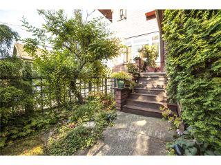 Photo 3: 2524 ALBERTA ST in Vancouver: Mount Pleasant VW House for sale (Vancouver West)  : MLS®# V1018034