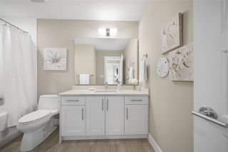 """Photo 11: 43 2687 158 Street in Surrey: Grandview Surrey Townhouse for sale in """"Jacobsen"""" (South Surrey White Rock)  : MLS®# R2406998"""