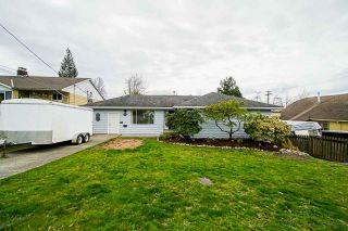 Photo 2: 33428 3 Avenue in Mission: Mission BC House for sale : MLS®# R2558393