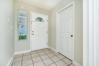 """Photo 5: 82 SHORELINE Circle in Port Moody: College Park PM Townhouse for sale in """"HARBOUR HEIGHTS"""" : MLS®# R2596299"""