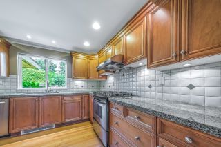 Photo 13: 8220 COLDFALL Court in Richmond: Boyd Park House for sale : MLS®# R2592335