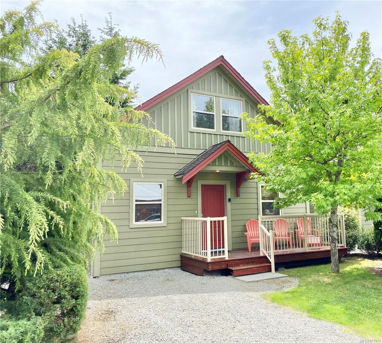 Main Photo: 124 1080 Resort Dr in : PQ Parksville Row/Townhouse for sale (Parksville/Qualicum)  : MLS®# 877401
