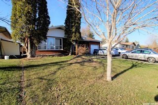 Photo 2: 14 Morris Drive in Saskatoon: Massey Place Residential for sale : MLS®# SK851278