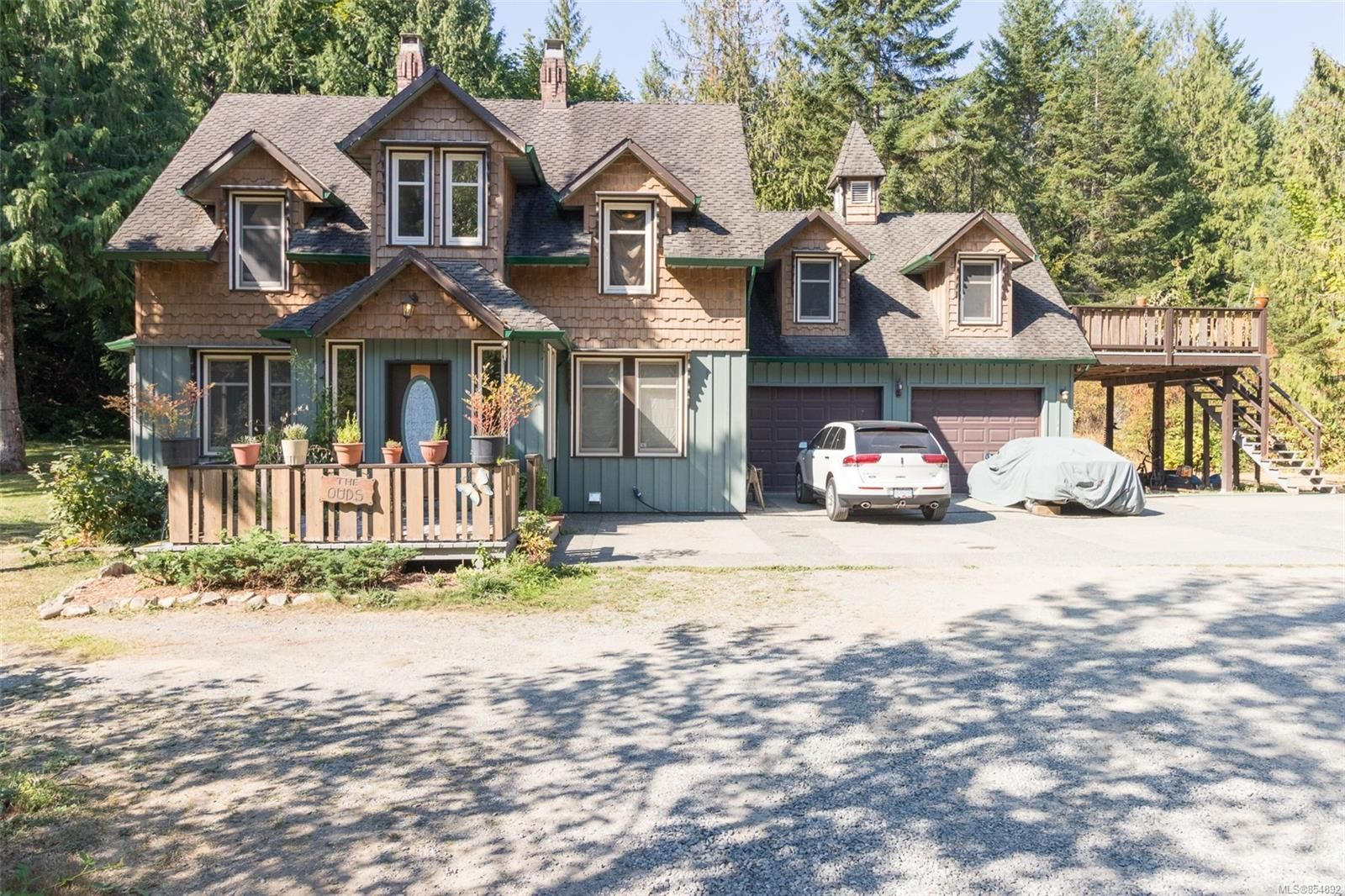 Main Photo: 2949 Rosalie Rd in : Na Cedar House for sale (Nanaimo)  : MLS®# 854892
