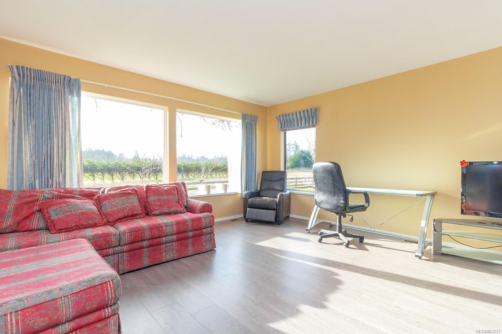 Photo 22: Photos: 1230 Hodges Rd in : PQ French Creek House for sale (Parksville/Qualicum)  : MLS®# 863231