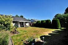 Photo 19: 15506 19 AVENUE in South Surrey White Rock: King George Corridor Home for sale ()  : MLS®# R2200836