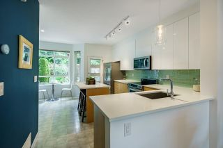 """Photo 8: 61 15 FOREST PARK Way in Port Moody: Heritage Woods PM Townhouse for sale in """"DISCOVERY RIDGE"""" : MLS®# R2592659"""