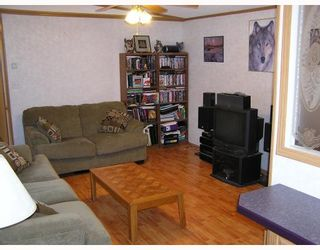 """Photo 3: 14520 HUBERT Road in Prince_George: Hobby Ranches Manufactured Home for sale in """"HOBBY RANCHES"""" (PG Rural North (Zone 76))  : MLS®# N188454"""