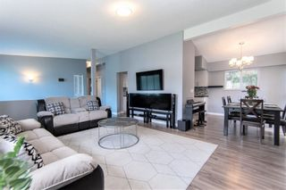 """Photo 5: 9748 117B Street in Surrey: Royal Heights House for sale in """"Royal Heights"""" (North Surrey)  : MLS®# R2603674"""