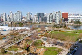 "Photo 28: 1008 1708 COLUMBIA Street in Vancouver: False Creek Condo for sale in ""Wall Centre- False Creek"" (Vancouver West)  : MLS®# R2560917"