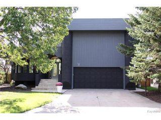 Photo 1: 74 Hopwood Drive in Winnipeg: Tuxedo Residential for sale (1E)  : MLS®# 1700022