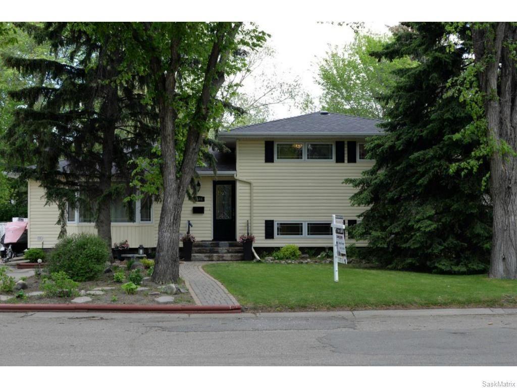 Main Photo: 1544 UHRICH Avenue in Regina: Hillsdale Single Family Dwelling for sale (Regina Area 05)  : MLS®# 611400