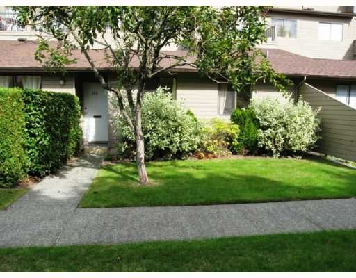 """Main Photo: 103 8180 COLONIAL Drive in Richmond: Boyd Park Townhouse for sale in """"CHERRY TREE PLACE"""" : MLS®# V787697"""