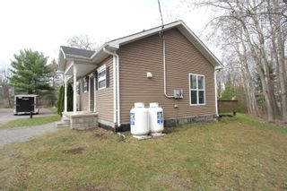 Photo 6: 7222 Highway 35 Road in Kawartha Lakes: Rural Laxton House (Bungalow-Raised) for sale : MLS®# X5200044