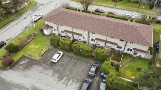 Photo 4: 6 2023 MANNING Avenue in Port Coquitlam: Glenwood PQ Townhouse for sale : MLS®# R2533623