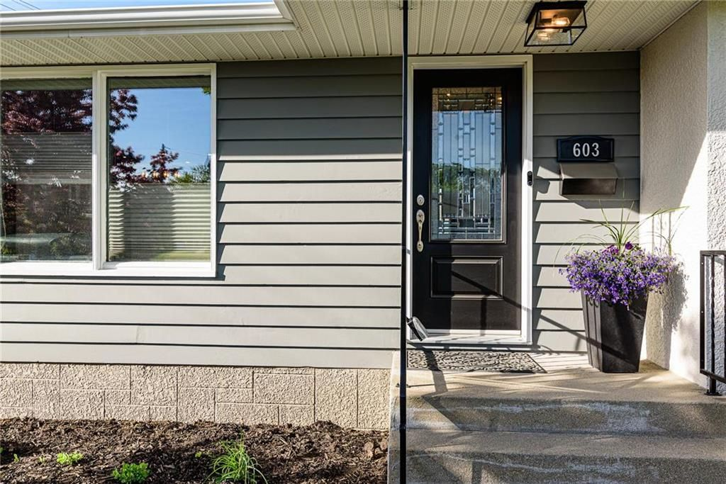 Photo 1: Photos: 603 Fleming Avenue in Winnipeg: Residential for sale (3B)  : MLS®# 202113289