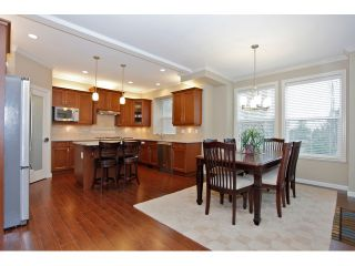 """Photo 11: 20915 71A Avenue in Langley: Willoughby Heights House for sale in """"MILNER HEIGHTS"""" : MLS®# F1436884"""