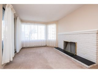 """Photo 3: 204 32098 GEORGE FERGUSON Way in Abbotsford: Abbotsford West Condo for sale in """"Heather Court"""" : MLS®# R2131436"""