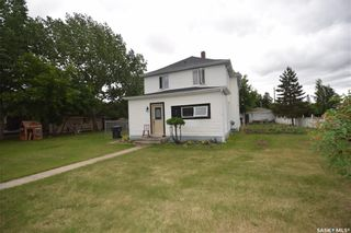 Photo 2: 200 1st Street in Dundurn: Residential for sale : MLS®# SK866594