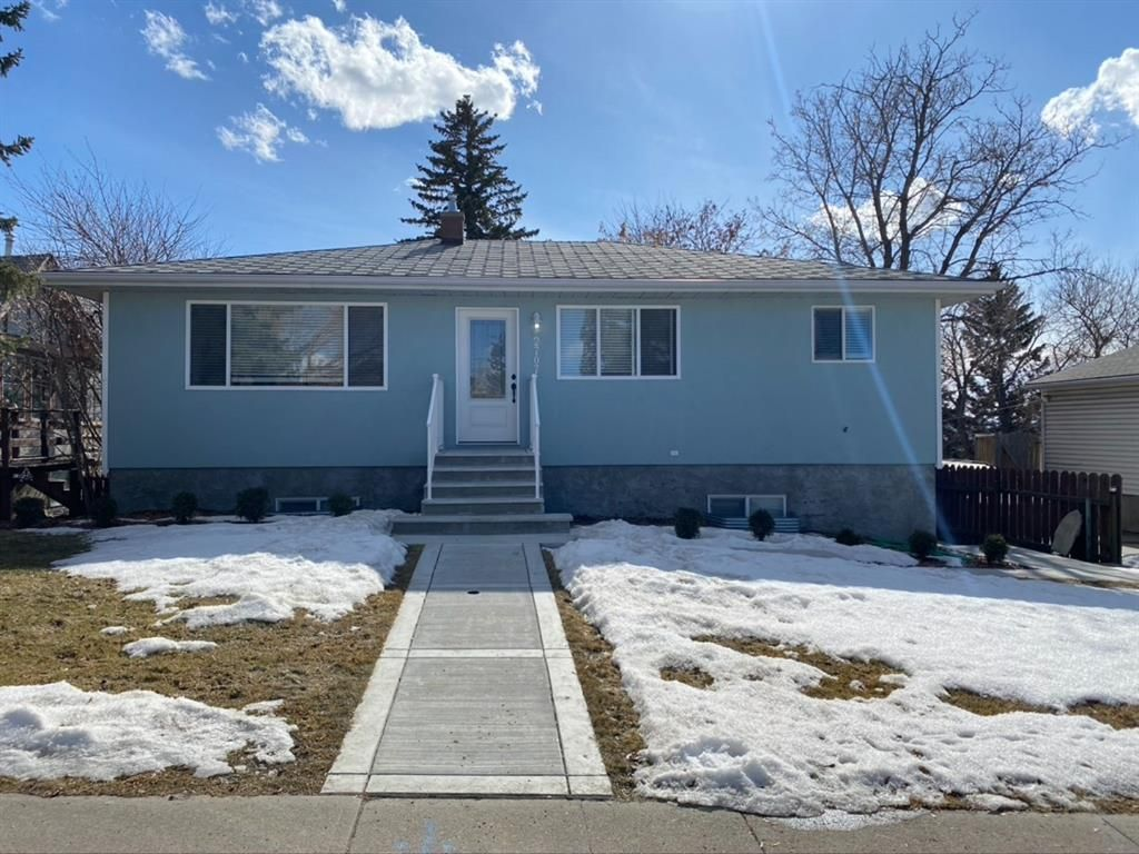 Main Photo: 2707 9 Avenue SE in Calgary: Albert Park/Radisson Heights Detached for sale : MLS®# A1078333