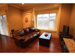 Photo 7: 920 SPERLING Avenue in Burnaby: Sperling-Duthie 1/2 Duplex for sale (Burnaby North)  : MLS®# V859901