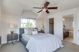 Photo 12: PACIFIC BEACH House for sale : 3 bedrooms : 1653 Chalcedony St in San Diego