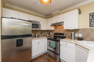 """Photo 6: 516 13900 HYLAND Road in Surrey: East Newton Townhouse for sale in """"HYLAND GROVE"""" : MLS®# R2294948"""