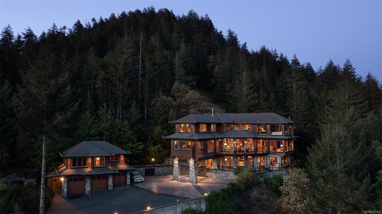 Main Photo: 4948 Nagle Rd in : Sk East Sooke House for sale (Sooke)  : MLS®# 887956