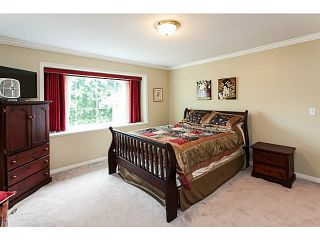 Photo 12: 19122 64 Avenue in Surrey: Cloverdale BC House for sale (Cloverdale)  : MLS®# F1446723