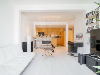 """Photo 6: 410 1655 NELSON Street in Vancouver: West End VW Condo for sale in """"Hampstead Manor"""" (Vancouver West)  : MLS®# R2513219"""
