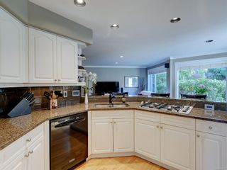 Photo 6: 777 Wesley Crt in : SE Cordova Bay House for sale (Saanich East)  : MLS®# 888301