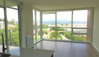Photo 3: 1801 125 COLUMBIA Street in New Westminster: Downtown NW Condo for sale : MLS®# R2601798