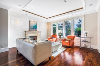 Photo 5: 1079 W 47TH Avenue in Vancouver: South Granville House for sale (Vancouver West)  : MLS®# R2624028