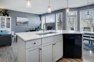 Photo 8: 192 Cougartown Close SW in Calgary: Cougar Ridge Detached for sale : MLS®# A1106763