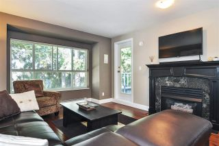 "Photo 4: 302 9018 208 Street in Langley: Walnut Grove Condo for sale in ""Cedar Ridge"" : MLS®# R2478634"