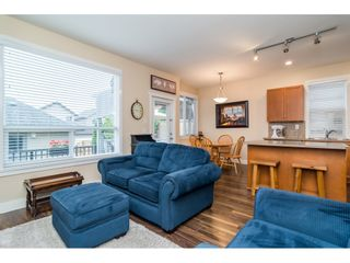 """Photo 14: 19074 69A Avenue in Surrey: Clayton House for sale in """"CLAYTON"""" (Cloverdale)  : MLS®# R2187563"""