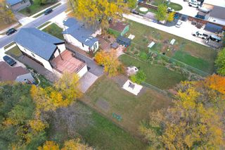Photo 19: 68 Hindley Avenue in Winnipeg: St Vital Residential for sale (2D)  : MLS®# 202123192
