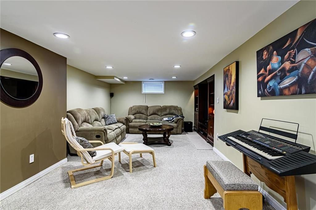 Photo 31: Photos: 603 Fleming Avenue in Winnipeg: Residential for sale (3B)  : MLS®# 202113289