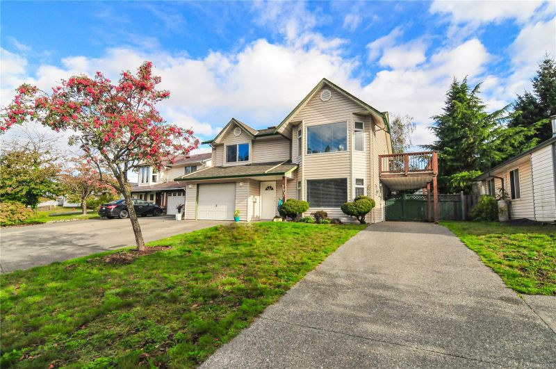 FEATURED LISTING: 761 Beaver Lodge Rd