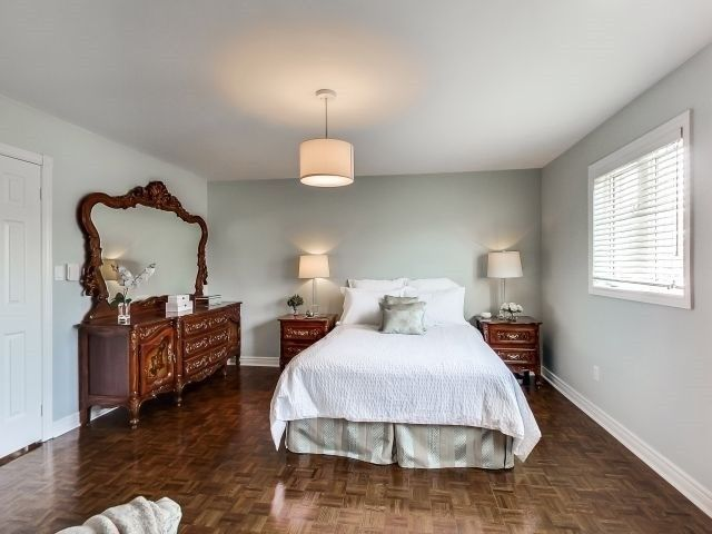 Photo 2: Photos: 95 Sunset Ridge in Vaughan: Sonoma Heights House (2-Storey) for sale : MLS®# N3502791