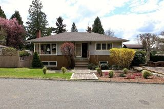Photo 1: 357 W 24TH Street in North Vancouver: Central Lonsdale House for sale : MLS®# R2217336