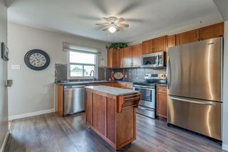Photo 7: 6364 32 Avenue NW in Calgary: Bowness Detached for sale : MLS®# C4301568