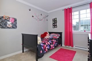 """Photo 12: 65 6050 166TH Street in Surrey: Cloverdale BC Townhouse for sale in """"WESTFIELD"""" (Cloverdale)  : MLS®# F1442230"""
