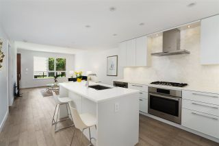 """Photo 5: 101 1055 RIDGEWOOD Drive in North Vancouver: Edgemont Townhouse for sale in """"CONNAUGHT"""" : MLS®# R2589263"""
