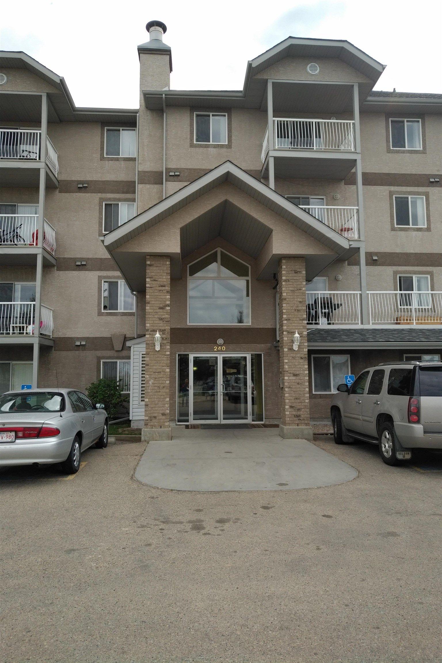 Main Photo: 115 240 Spruce Ridge Drive: Spruce Grove Condo for sale : MLS®# E4262888