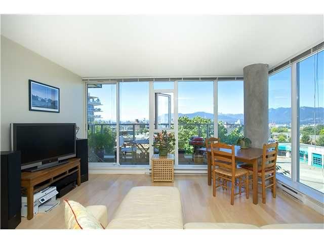 "Main Photo: # 405 2770 SOPHIA ST in Vancouver: Mount Pleasant VE Condo for sale in ""STELLA"" (Vancouver East)  : MLS®# V965533"